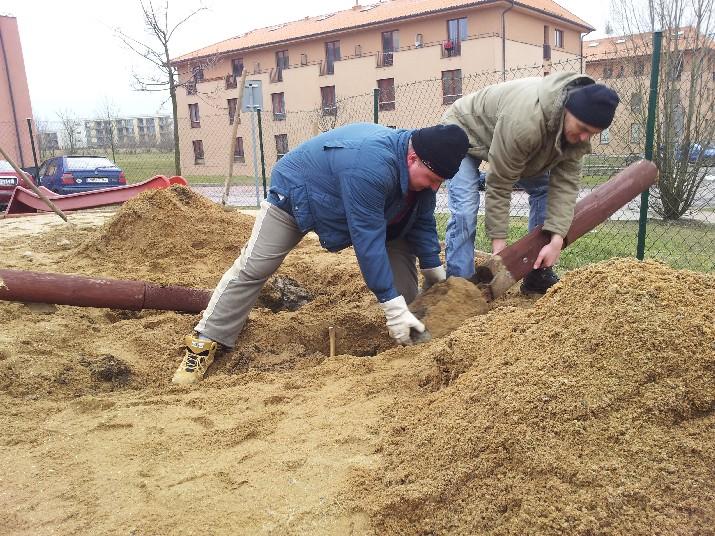 Brigáda na hřišti BD Rotavská
